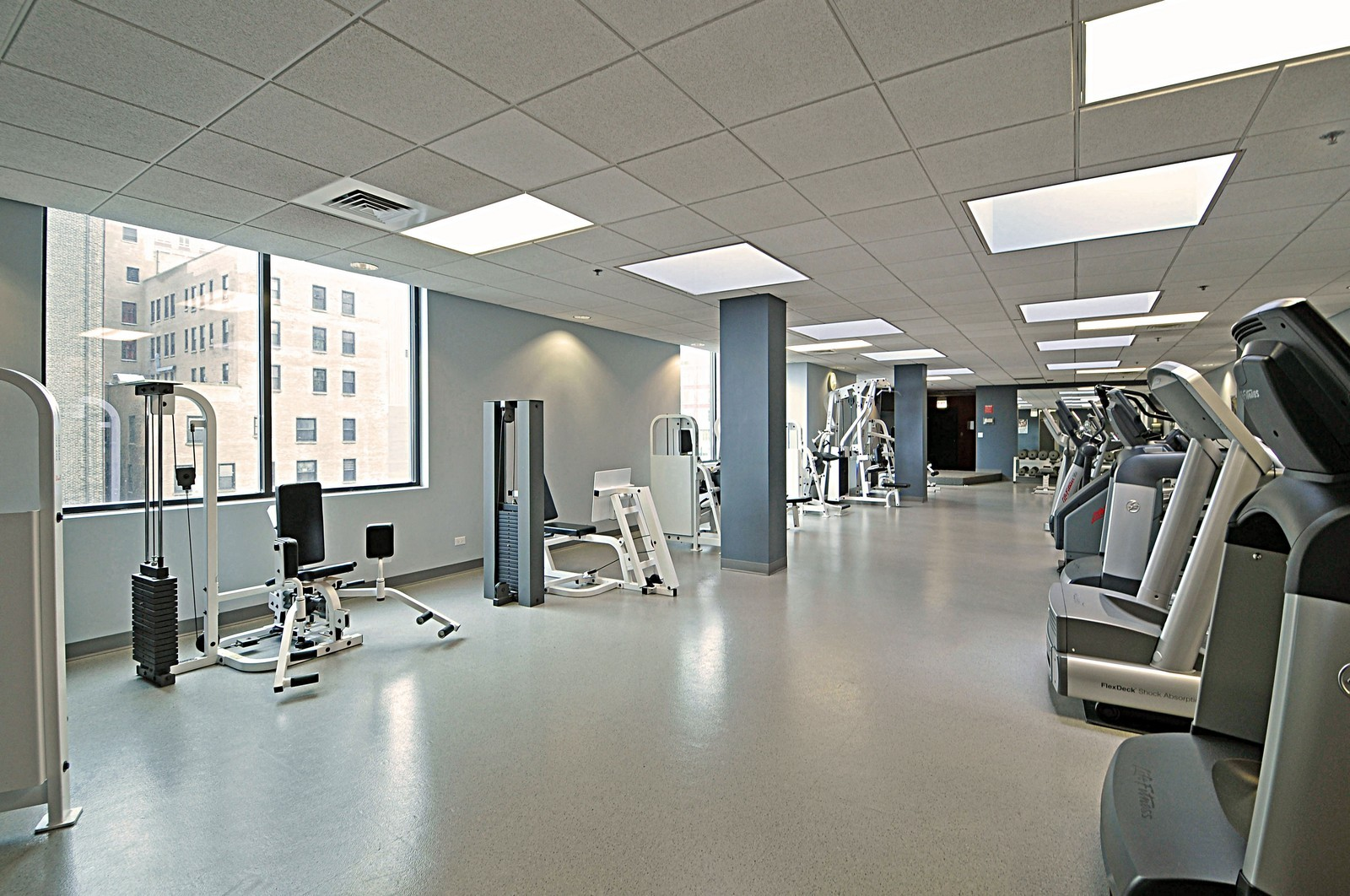 Real Estate Photography - 910 S Michigan, Unit 707, Chicago, IL, 60605 - Exercise Room