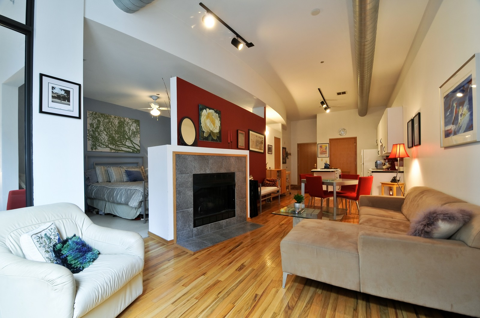 Real Estate Photography - 910 S Michigan, Unit 707, Chicago, IL, 60605 - Great Room