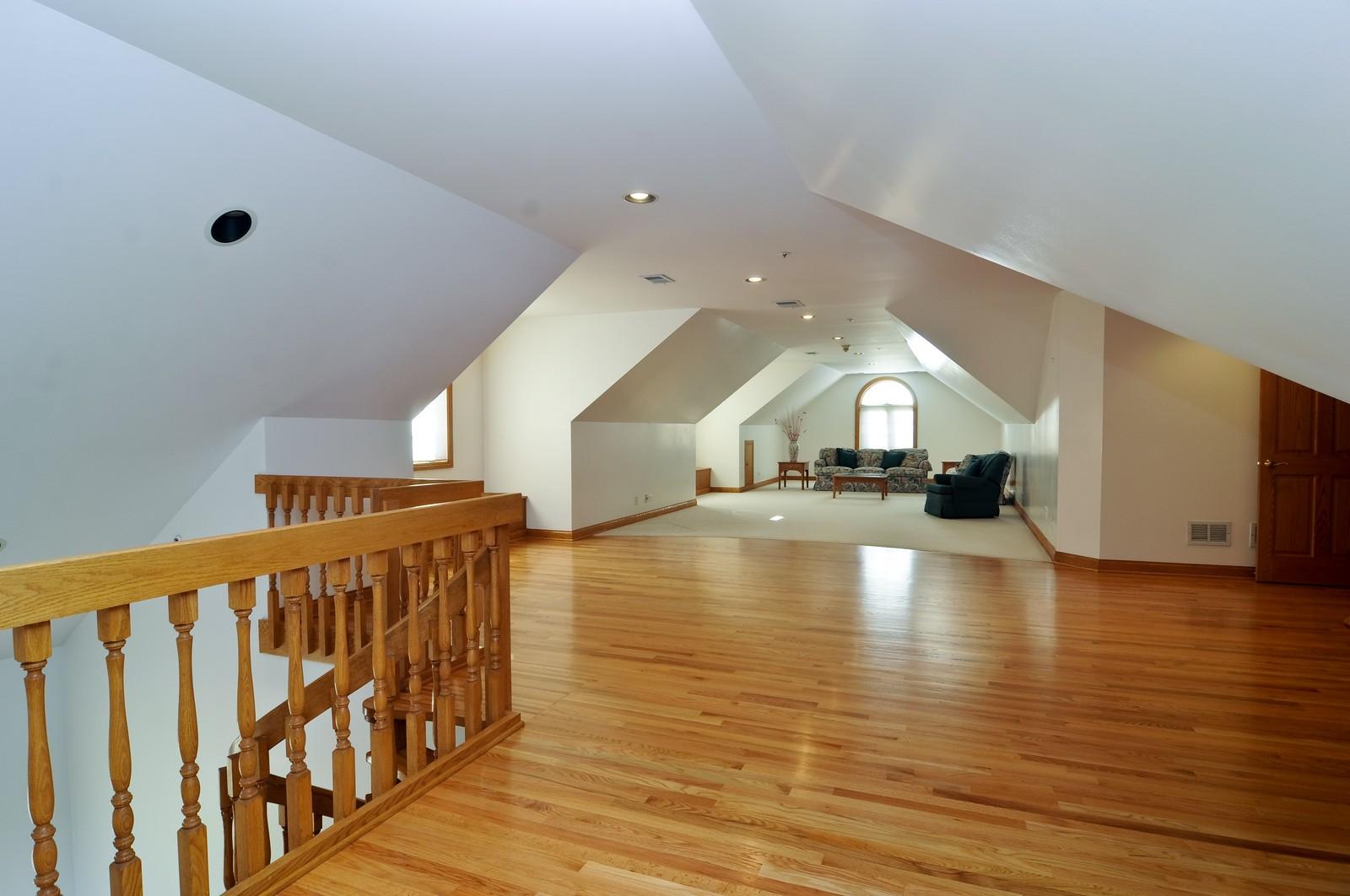Real Estate Photography - 1181 Fairview Ln, Long Grove, IL, 60047 - Loft