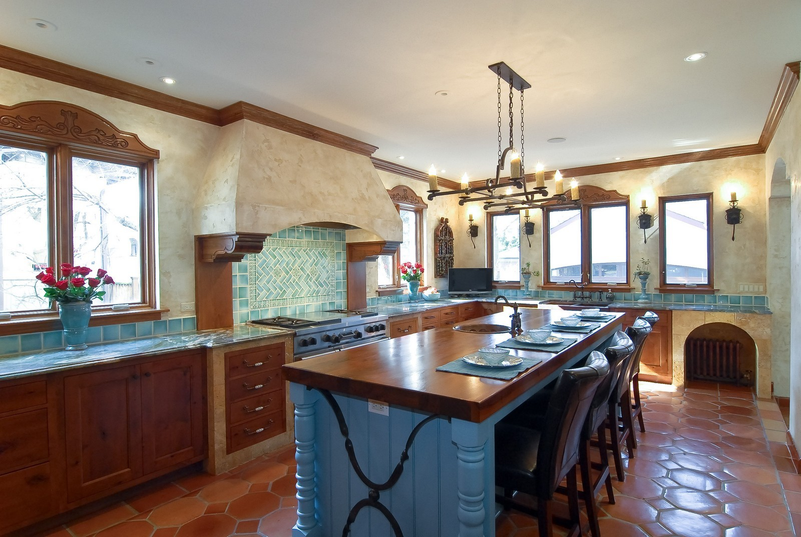 Real Estate Photography - 918 Jackson Ave, River Forest, IL, 60305 - Kitchen