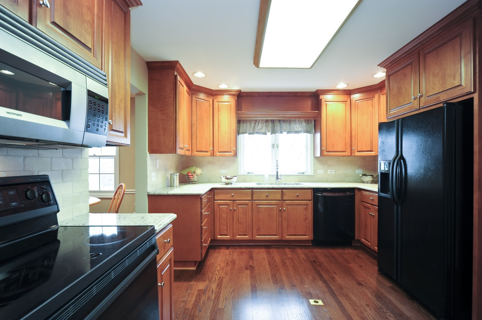Real Estate Photography - 251 Grandview Ave., Glen Ellyn, IL, 60137 - Kitchen