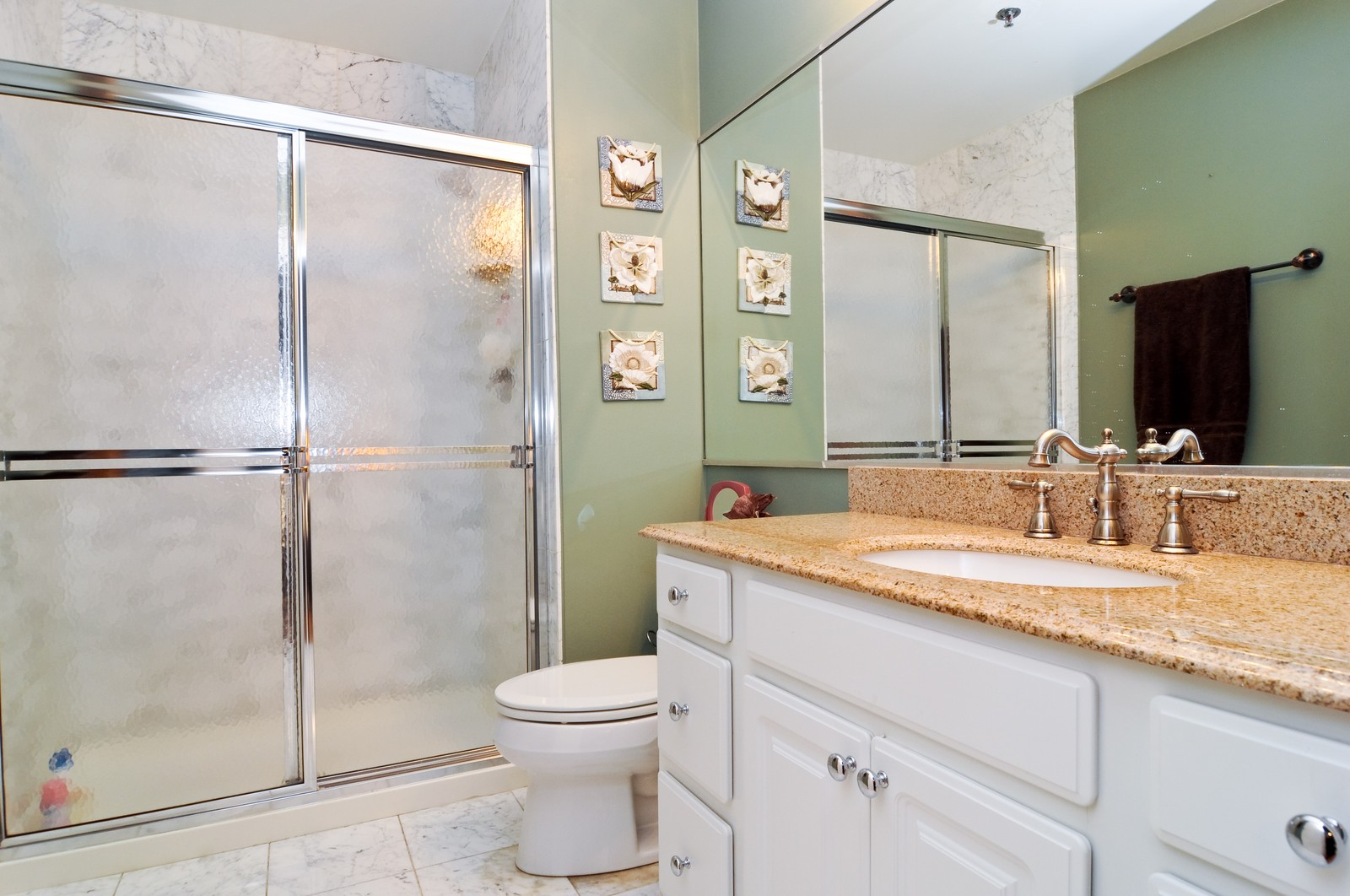 Real Estate Photography - 3900 N Claremont, Unit 205, Chicago, IL, 60618 - Master Bathroom