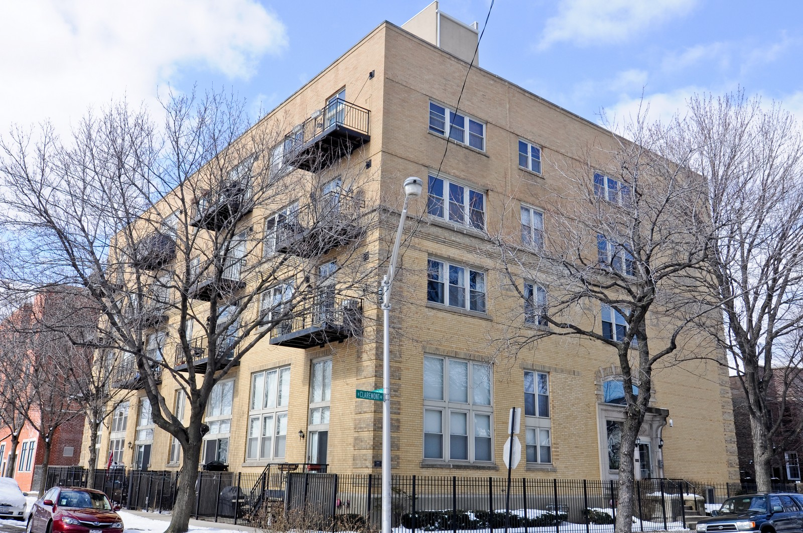 Real Estate Photography - 3900 N Claremont, Unit 205, Chicago, IL, 60618 - Front View