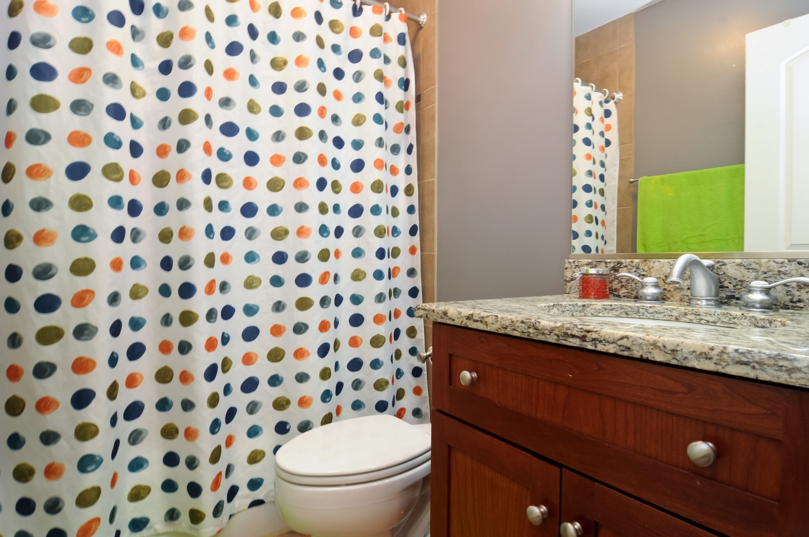 Real Estate Photography - 777 N. Michigan Ave., 2000, Chicago, IL, 60611 - Bathroom