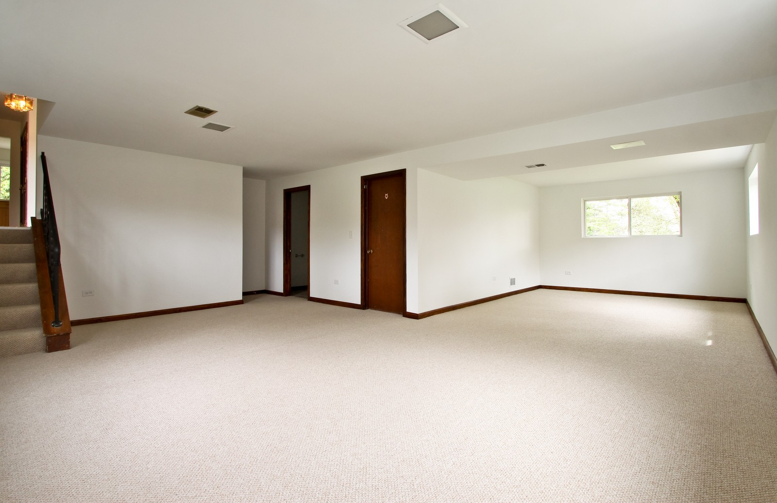 Real Estate Photography - 3133 N Stratford, Arlington Heights, IL, 60004 - Basement