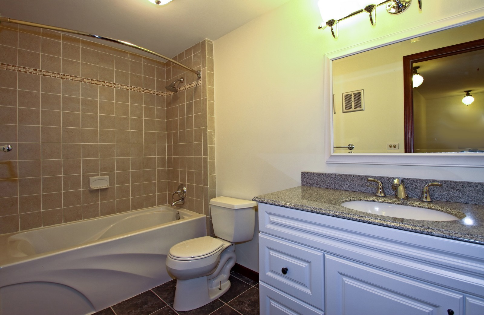 Real Estate Photography - 3133 N Stratford, Arlington Heights, IL, 60004 - Bathroom