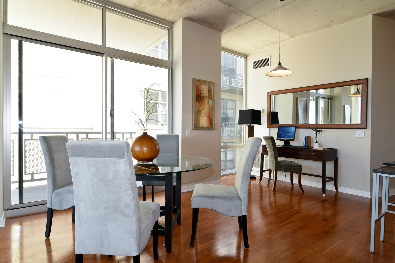 Real Estate Photography - 720 N Larrabee, Apt 1013, Chicago, IL, 60654 - Dining Room