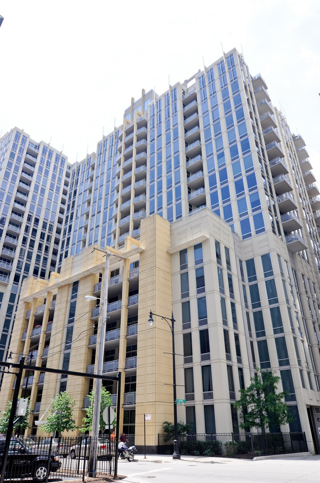 Real Estate Photography - 720 N Larrabee, Apt 1013, Chicago, IL, 60654 - Front View