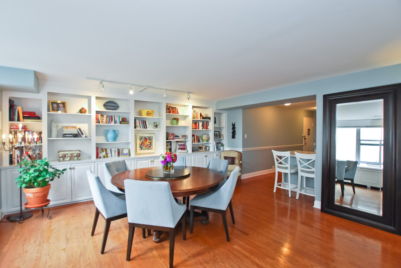 Real Estate Photography - 777 N Michigan Ave, Unit 701, Chicago, IL, 60611 - Kitchen / Dining Room