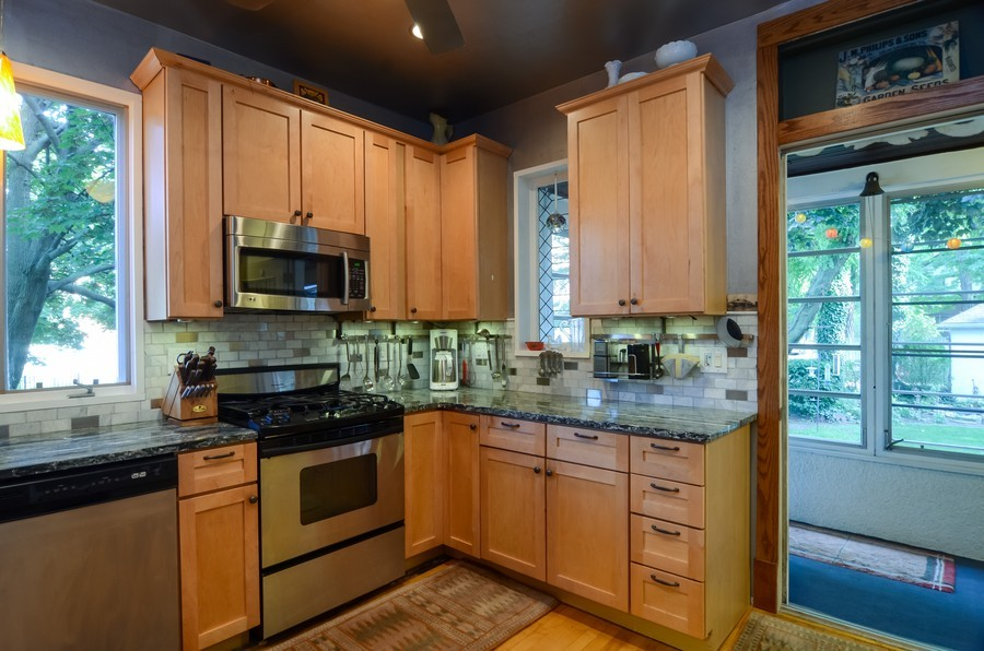 Real Estate Photography - 2201 W Estes, Chicago, IL, 60645 - Kitchen
