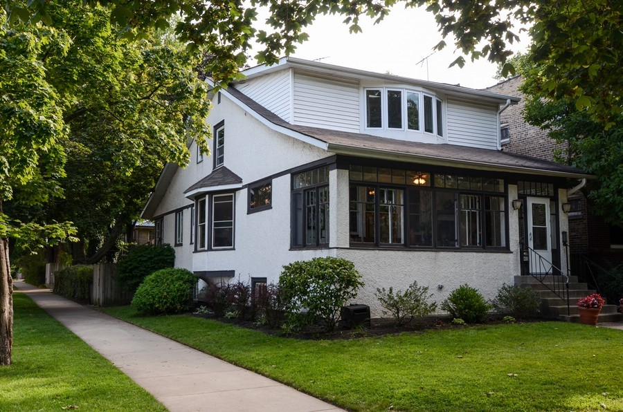 Real Estate Photography - 2201 W Estes, Chicago, IL, 60645 - Front View