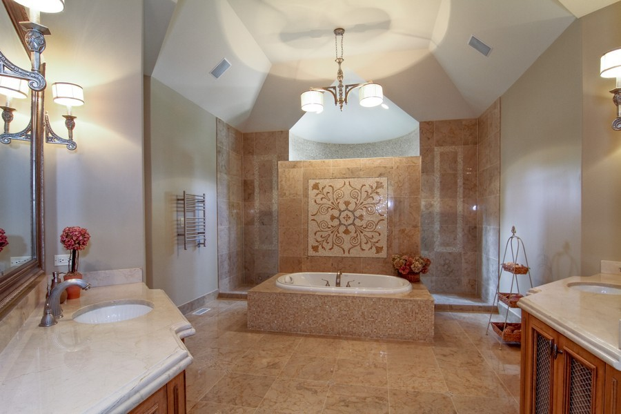 Real Estate Photography - 43 Royal Vale Drive, Oak Brook, IL, 60523 - Master Bathroom