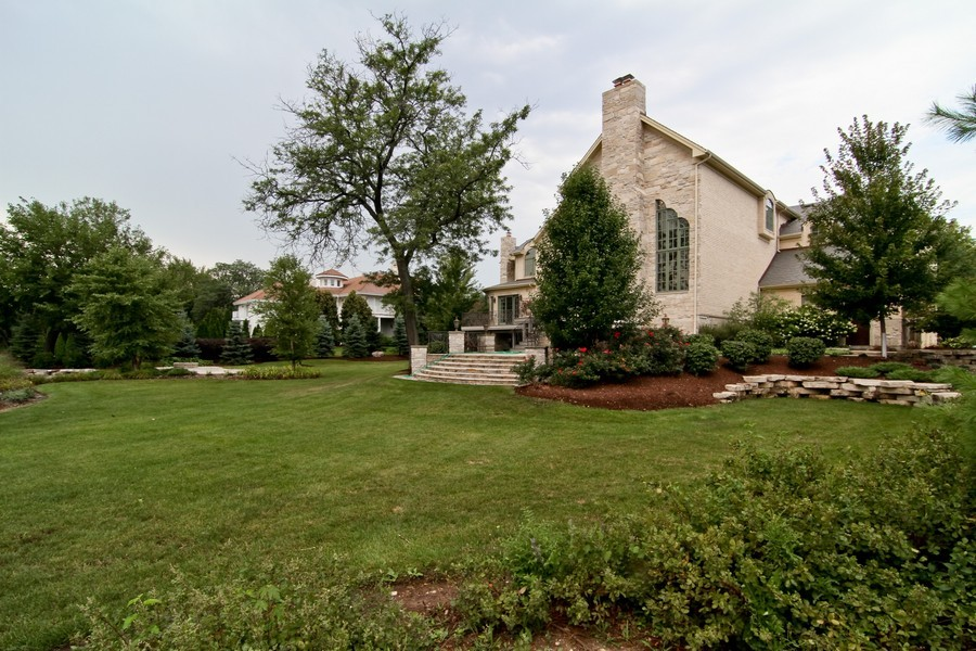 Real Estate Photography - 43 Royal Vale Drive, Oak Brook, IL, 60523 - Back Yard