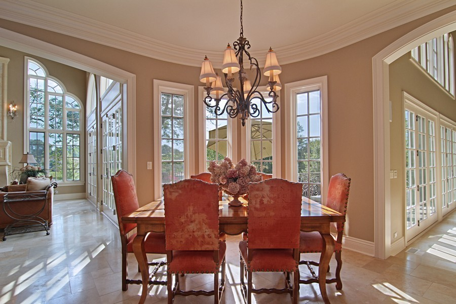 Real Estate Photography - 43 Royal Vale Drive, Oak Brook, IL, 60523 - Breakfast Area