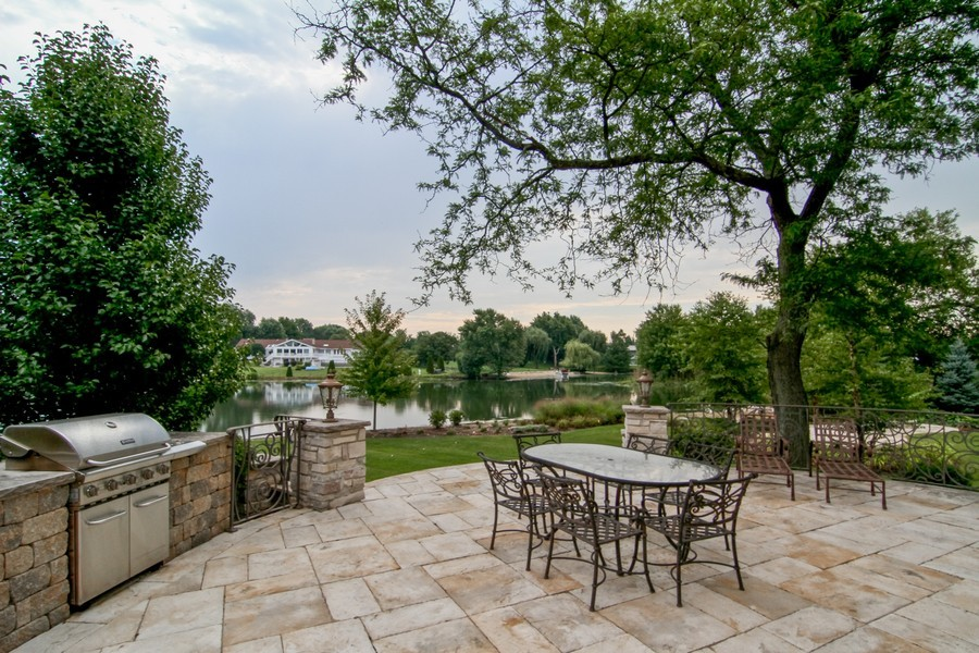 Real Estate Photography - 43 Royal Vale Drive, Oak Brook, IL, 60523 - Patio