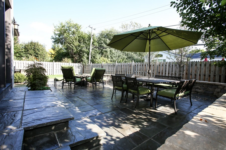 Real Estate Photography - 37 Chestnut, Clarendon Hills, IL, 60514 - Patio