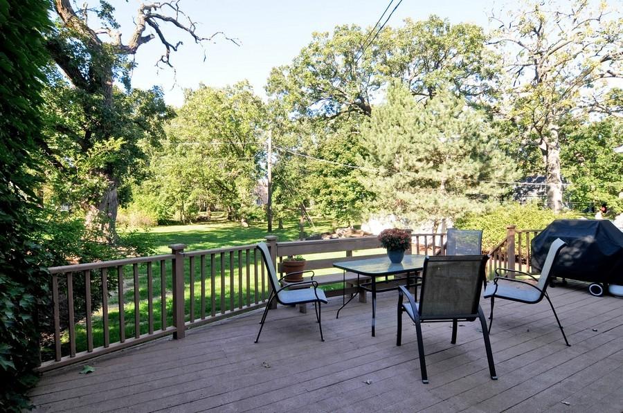 Real Estate Photography - 232 Park, Grayslake, IL, 60030 - Deck