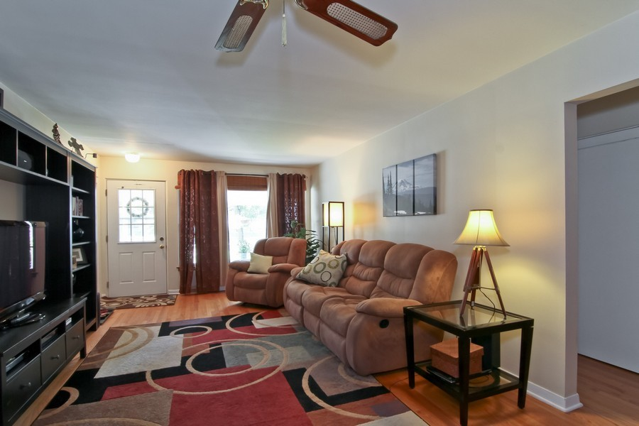 Real Estate Photography - 4713 Main St, Downers Grove, IL, 60515 - Living Room