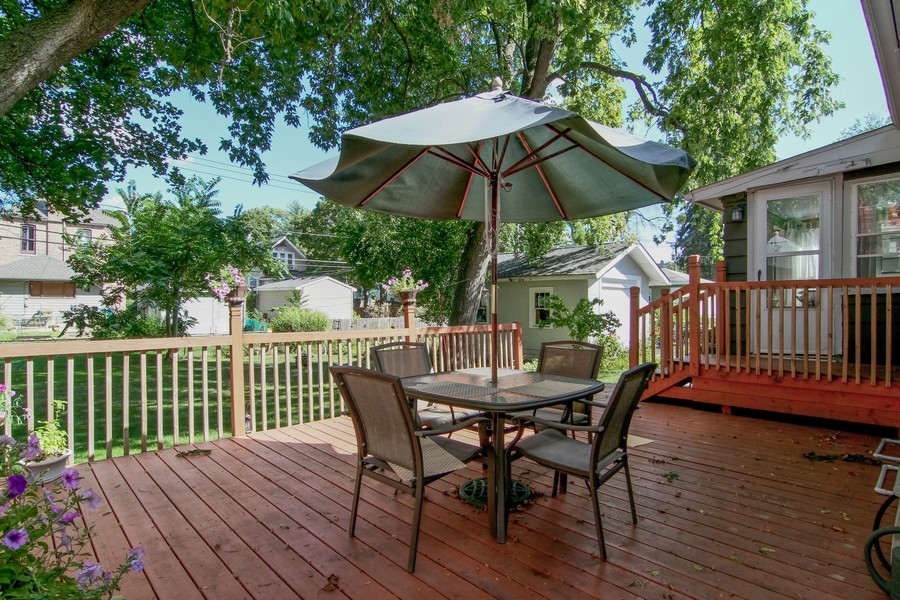 Real Estate Photography - 4713 Main St, Downers Grove, IL, 60515 - Patio