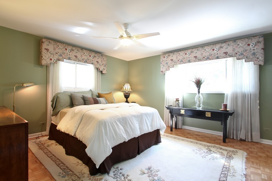 Real Estate Photography - 873 Willow Lane, Willowbrook, IL, 60527 - Master Bedroom