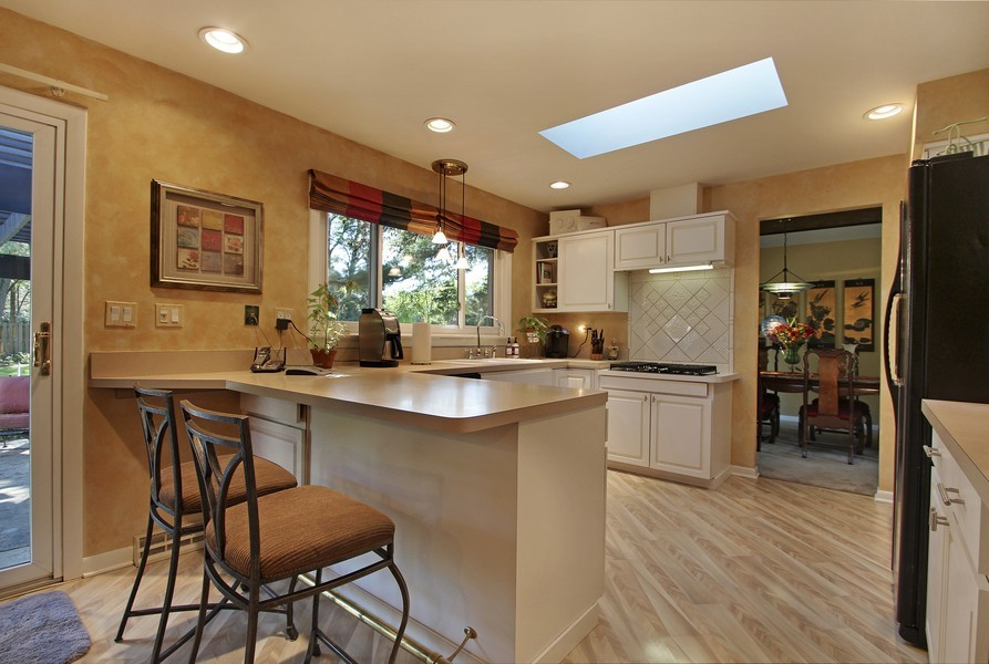 Real Estate Photography - 873 Willow Lane, Willowbrook, IL, 60527 - Kitchen
