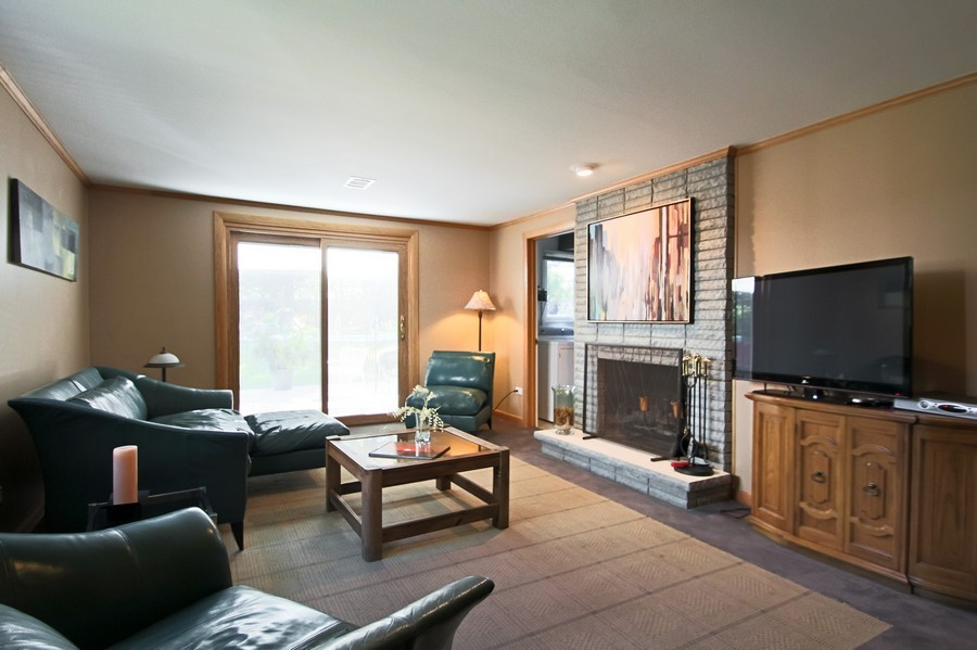 Real Estate Photography - 873 Willow Lane, Willowbrook, IL, 60527 - Family Room