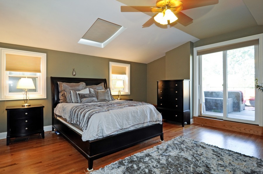 Real Estate Photography - 1346 W George, Unit 3, Chicago, IL, 60657 - Master Bedroom