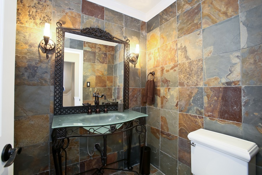 Real Estate Photography - 19W233 Old Tavern Road, 233, Oak Brook, IL, 60523 - Half Bath