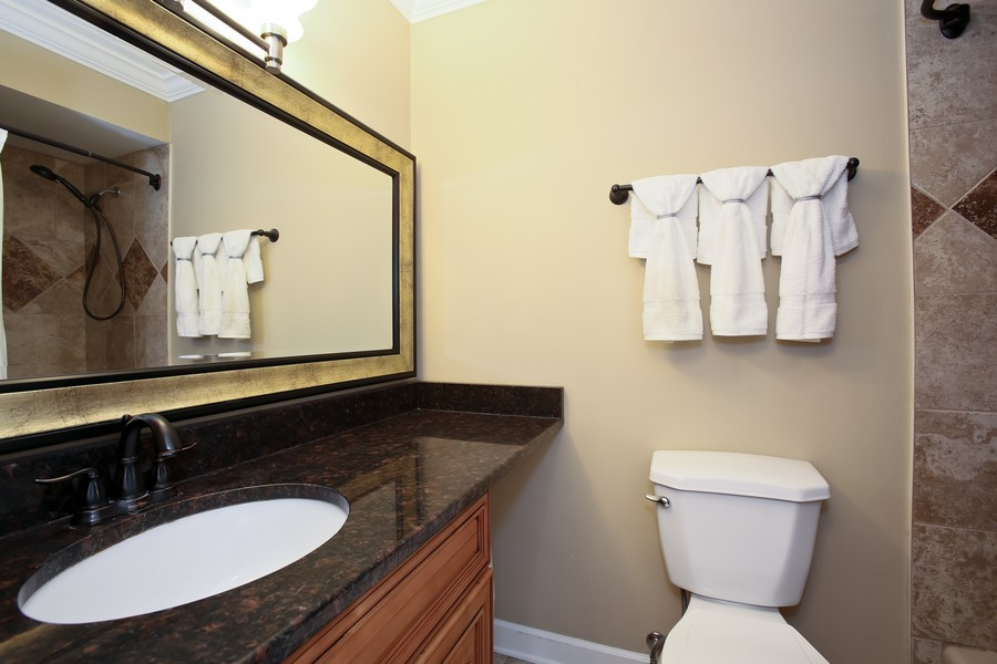Real Estate Photography - 19W233 Old Tavern Road, 233, Oak Brook, IL, 60523 - 2nd Floor Hall Bath