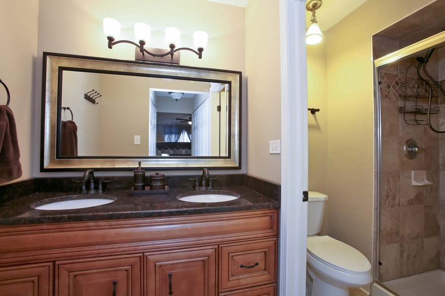 Real Estate Photography - 19W233 Old Tavern Road, 233, Oak Brook, IL, 60523 - Master Bath