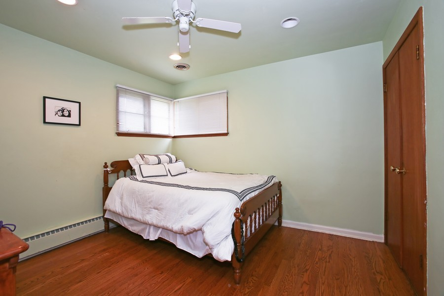 Real Estate Photography - 53 W Chicago Ave, Clarendon Hills, IL, 60514 - Bedroom