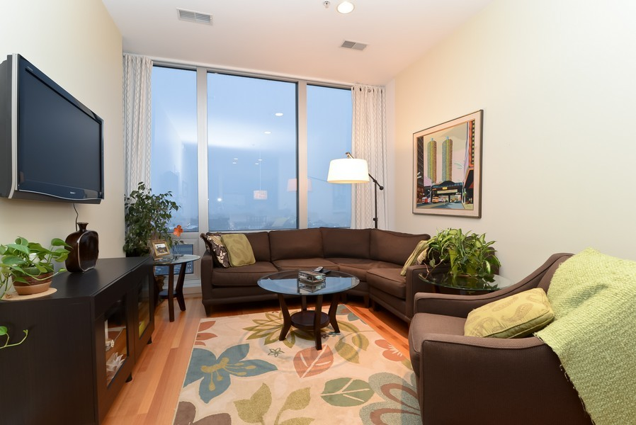 Real Estate Photography - 500 W Superior, Apt 1008, Chicago, IL, 60654 - Living Room