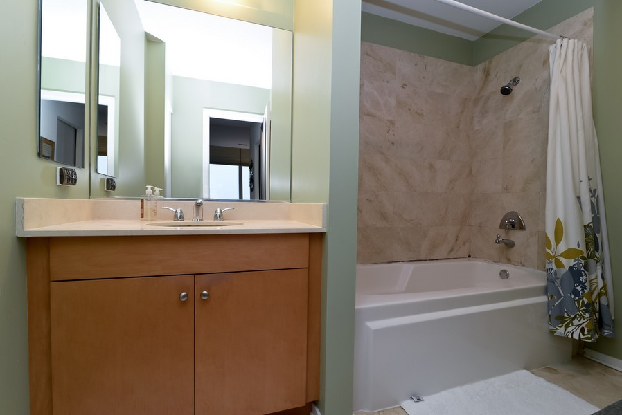 Real Estate Photography - 500 W Superior, Apt 1008, Chicago, IL, 60654 - Master Bathroom
