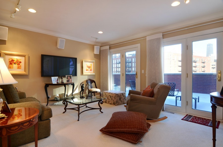 Real Estate Photography - 493 N Canal, Chicago, IL, 60654 - Media Room