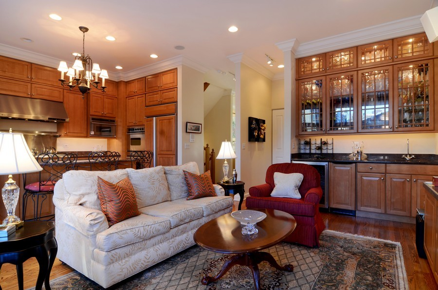 Real Estate Photography - 493 N Canal, Chicago, IL, 60654 - Bar