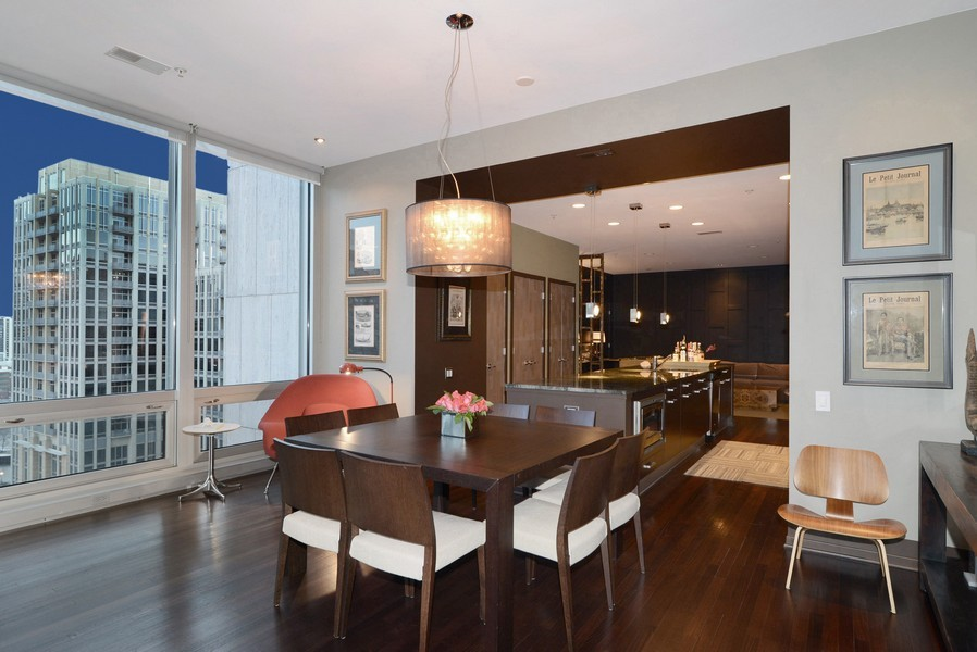 Real Estate Photography - 500 W Superior, Apt 1203, Chicago, IL, 60654 - Dining Area