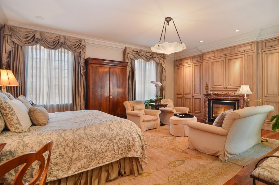 Real Estate Photography - 1955 N Burling, Chicago, IL, 60614 - Master Bedroom
