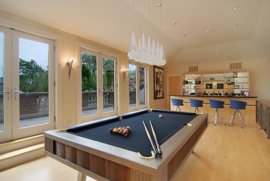 Real Estate Photography - 1955 N Burling, Chicago, IL, 60614 - Game Room
