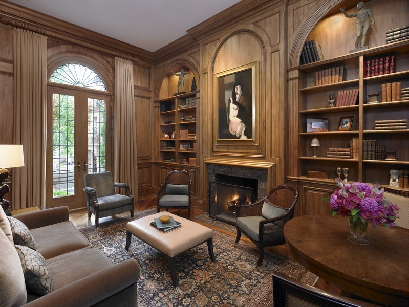 Real Estate Photography - 1955 N Burling, Chicago, IL, 60614 - Library