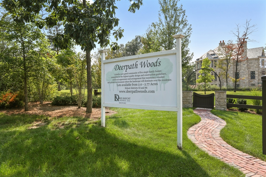 Real Estate Photography - 10 Deerpath, Oak Brook, IL, 60523 - Signage