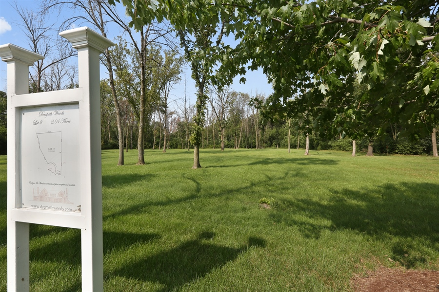 Real Estate Photography - 10 Deerpath, Oak Brook, IL, 60523 - Lot 2 Signage