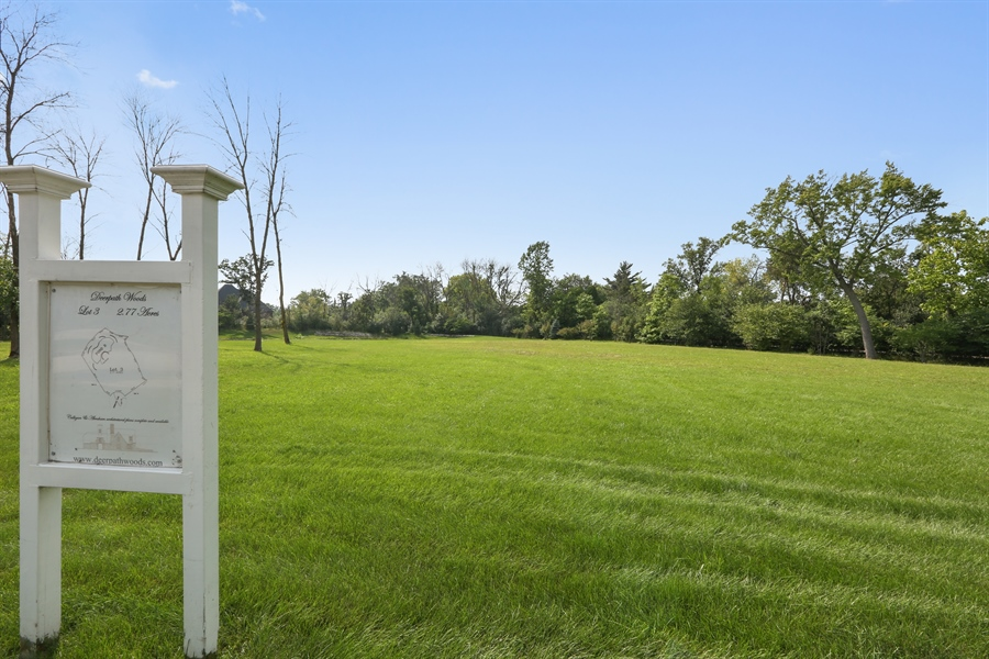 Real Estate Photography - 10 Deerpath, Oak Brook, IL, 60523 - Lot 3 Signage