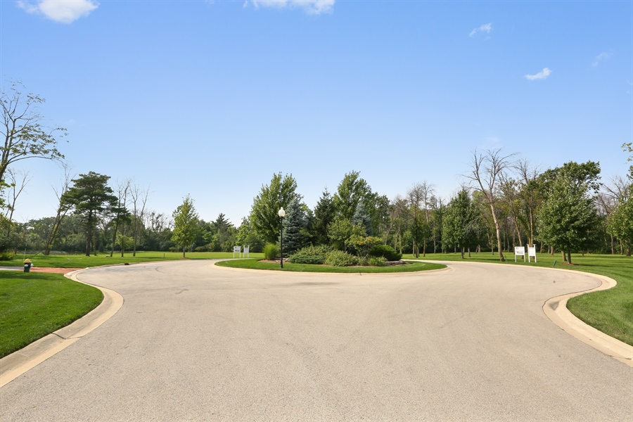 Real Estate Photography - 10 Deerpath, Oak Brook, IL, 60523 - Cul De Sac