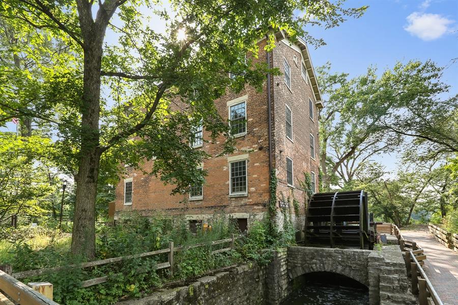 Real Estate Photography - 10 Deerpath, Oak Brook, IL, 60523 - Graue Mill