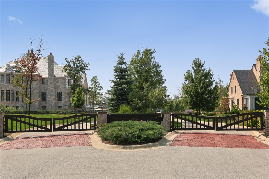 Real Estate Photography - 10 Deerpath, Oak Brook, IL, 60523 - Entrance