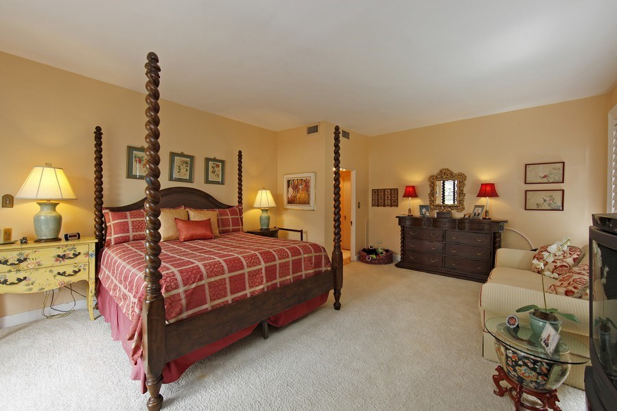 Real Estate Photography - 1508 N State Pkwy, Chicago, IL, 60610 - Master Bedroom