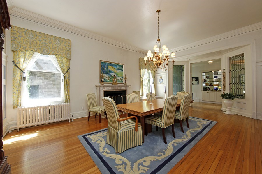 Real Estate Photography - 1508 N State Pkwy, Chicago, IL, 60610 - Dining Room