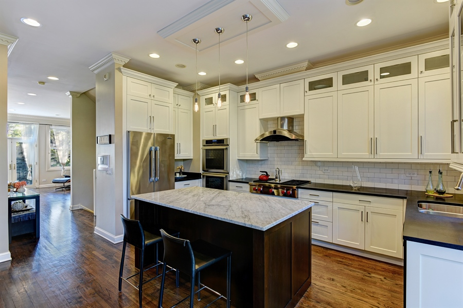 Real Estate Photography - 409 N. Canal, Chicago, IL, 60654 - Kitchen