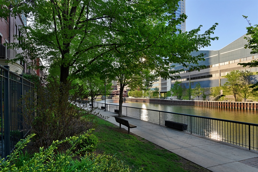 Real Estate Photography - 409 N. Canal, Chicago, IL, 60654 - Rear View