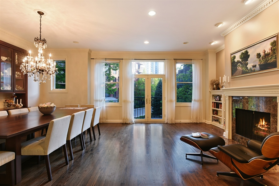 Real Estate Photography - 409 N. Canal, Chicago, IL, 60654 - Living Room / Dining Room